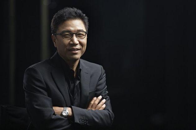 SM엔터테인먼트가 이수만 개인회사에 SM 매출 일부 유출됐다는 보도에