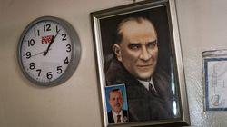 Γιατί ο Ερντογάν επιλέγει αυτή τη χρονική στιγμή για να πάει σε πρόωρες εκλογές και τι φέρνει η νέα θητεία με διευρυμένες