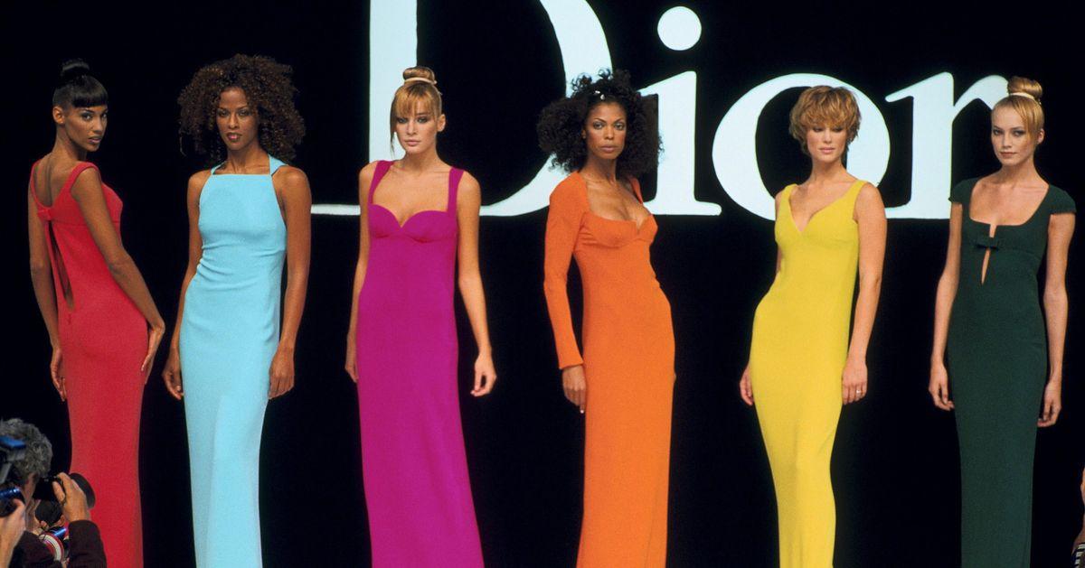 7019e07b910c Στα άδυτα του μουσείου Dior  Γιατί το όνομα Christian Dior είναι το πιο  πετυχημένο στην ιστορία της μόδας