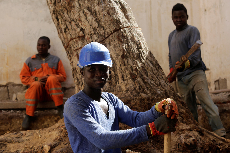 Expulsions de migrants: le Mali rappelle son ambassadeur en Algérie