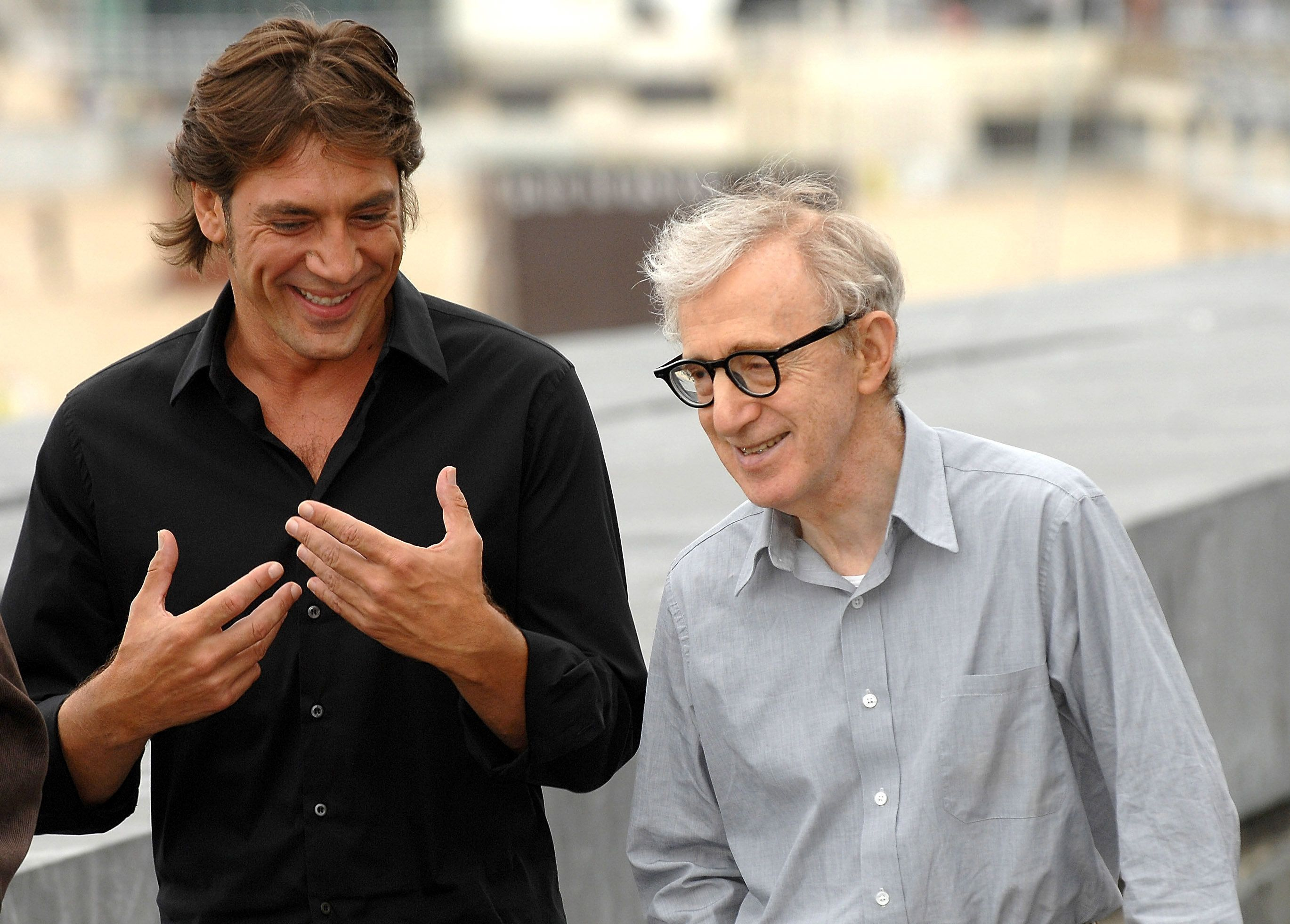 SAN SEBASTIAN, SPAIN - SEPTEMBER 18:  Actor Javier Bardem (L) and director Woody Allen (R) attend the photocall for 'Vicky, Cristina, Barcelona' at The Kursaal Palace, during the 56th San Sebastian Film Festival on September 18, 2008 in San Sebastian, Spain.  (Photo by Fotonoticias/WireImage)