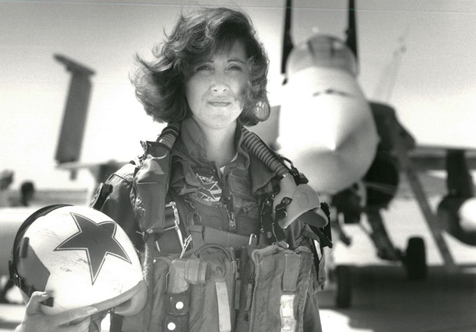 Navy Lt. Tammie Jo Shults, who is now a Southwest Airlines pilot, in front of a Navy F/A-18A in this 1992 photo. She is credi
