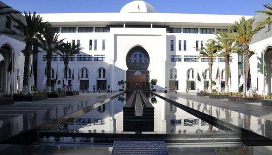 """L'Algérie réitère son refus """"catégorique"""" de l'atteinte à la souveraineté des"""