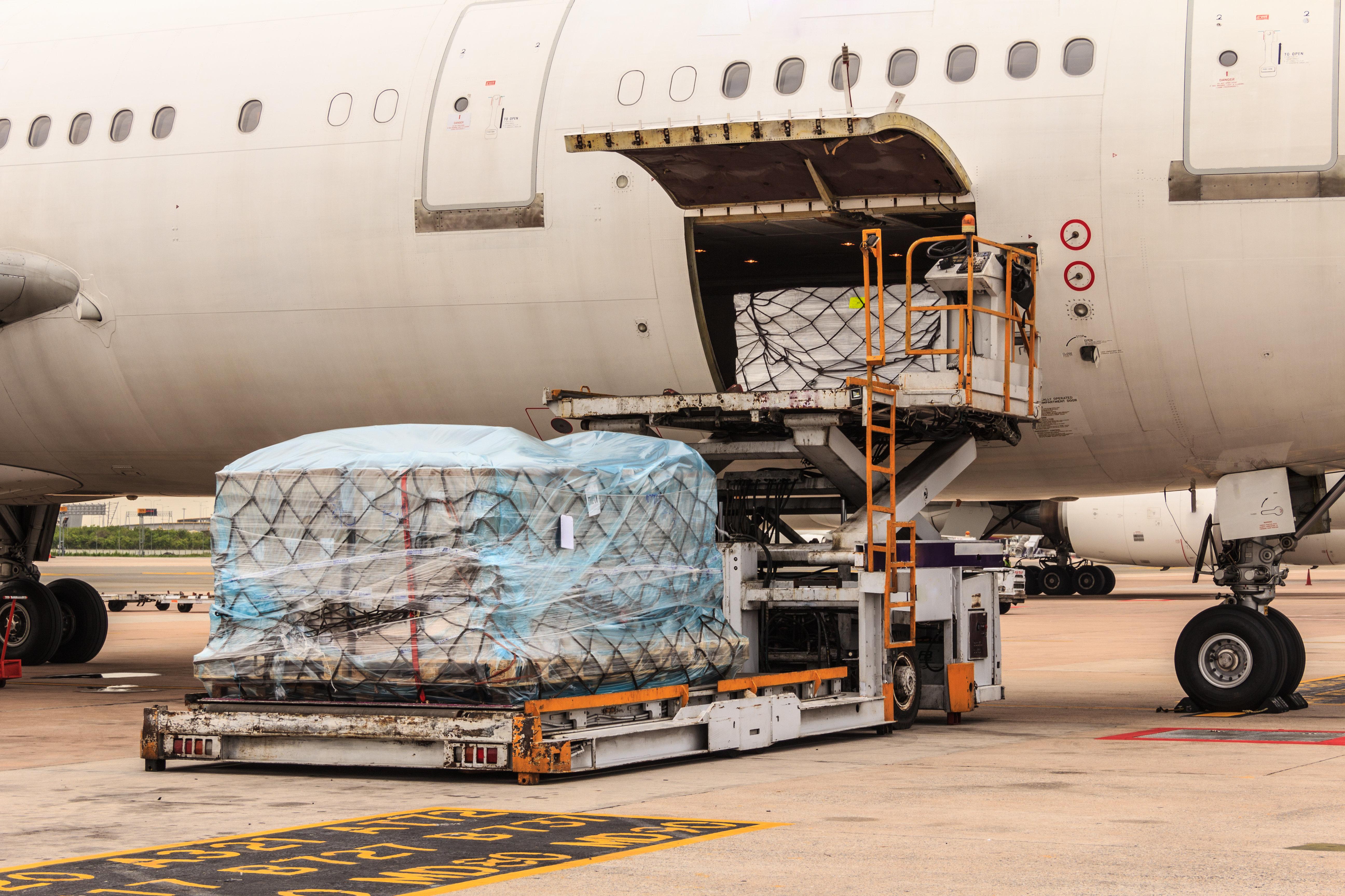 대한항공에는 총수 일가 물품 밀반입하는 전담팀이 있다