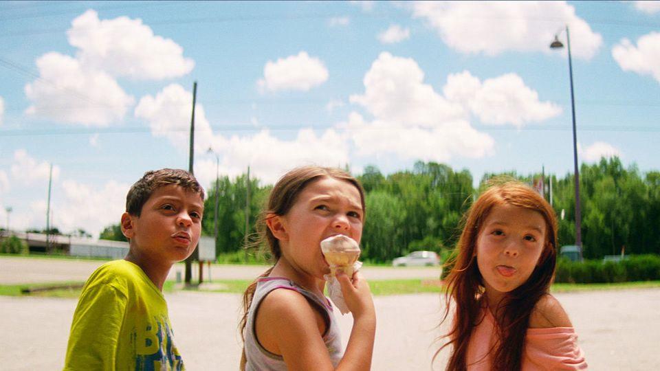 [허프인터뷰] '플로리다 프로젝트' 션 베이커는 월세만 밀리지 않는다면 계속 이런 영화를 만들고