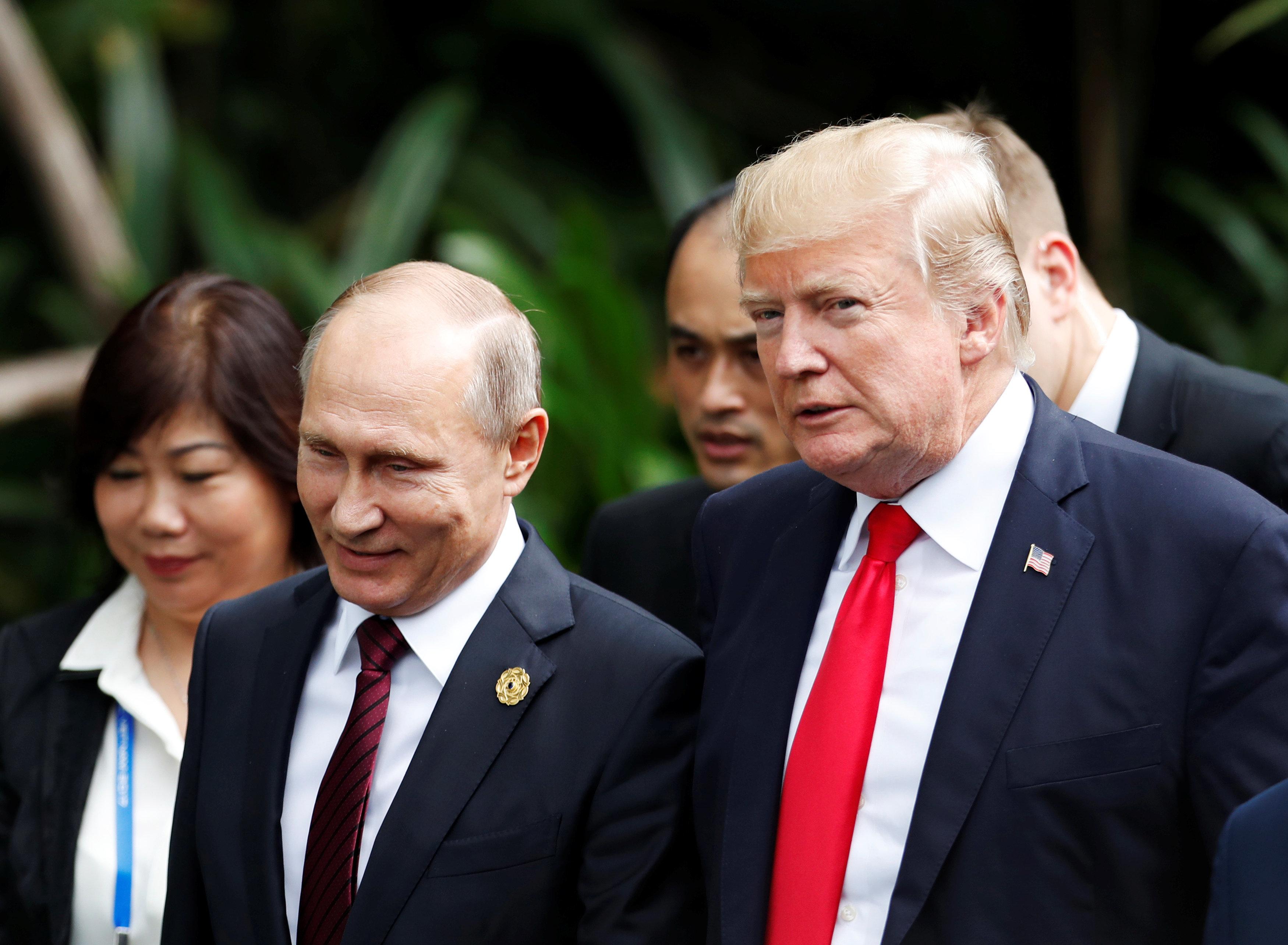 Donald Trump invite Vladimir Poutine aux États-Unis (et le président russe se dit