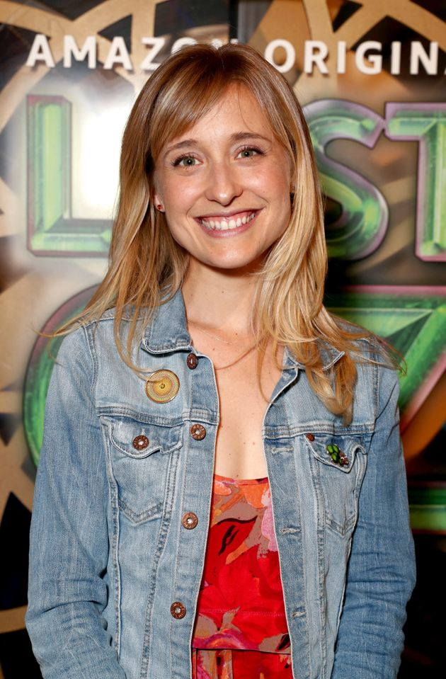 Smallville Actress Allison Mack Is Charged With Sex Trafficking