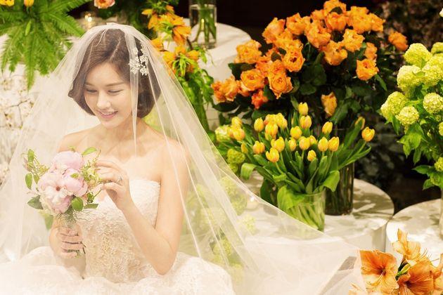 방송인 박은지가 결혼식 본식 사진을
