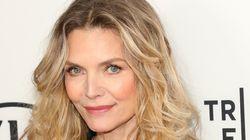 Συντονιστής σε πάνελ έκανε στη Michelle Pfeiffer σεξιστική ερώτηση και εκείνη του έδωσε την τέλεια
