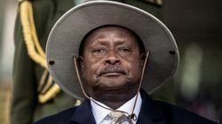 Πρόεδρος της Ουγκάντα: Το στόμα είναι για να τρώει όχι για