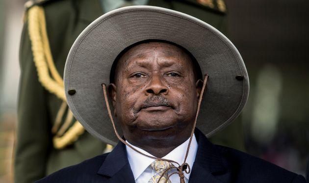 Πρόεδρος της Ουγκάντα: Το στόμα είναι για να τρώει όχι για σεξ