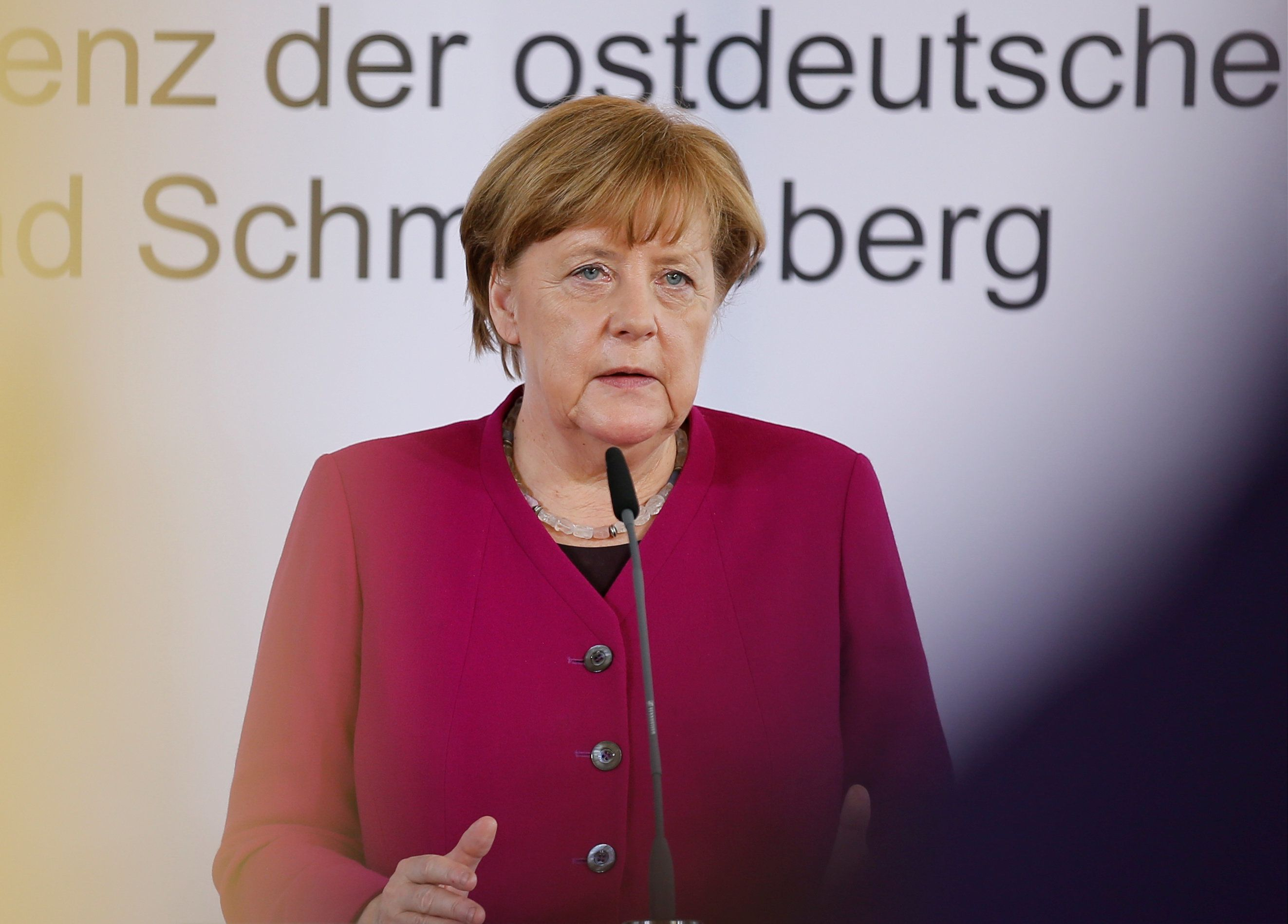 """Merkel beklagt """"neue Formen des Antisemitismus"""" durch Flüchtlinge"""