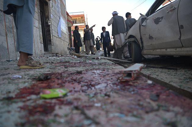 아프가니스탄 카불에서 폭탄테러로 사상자 170여명이