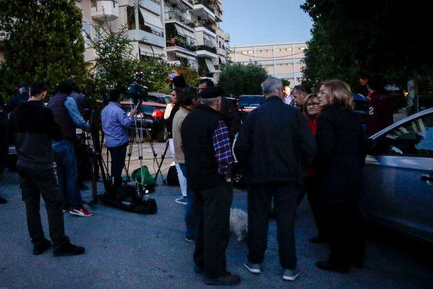Θρίλερ στη Νέα Σμύρνη: Η ΕΛ.ΑΣ. αναζητά τους αδίστακτους που πέταξαν