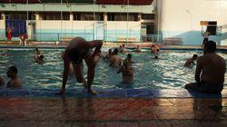 Schwimmkurse nur für muslimische Männer? Zweifelhafte Nachricht sorgt für Wirbel in