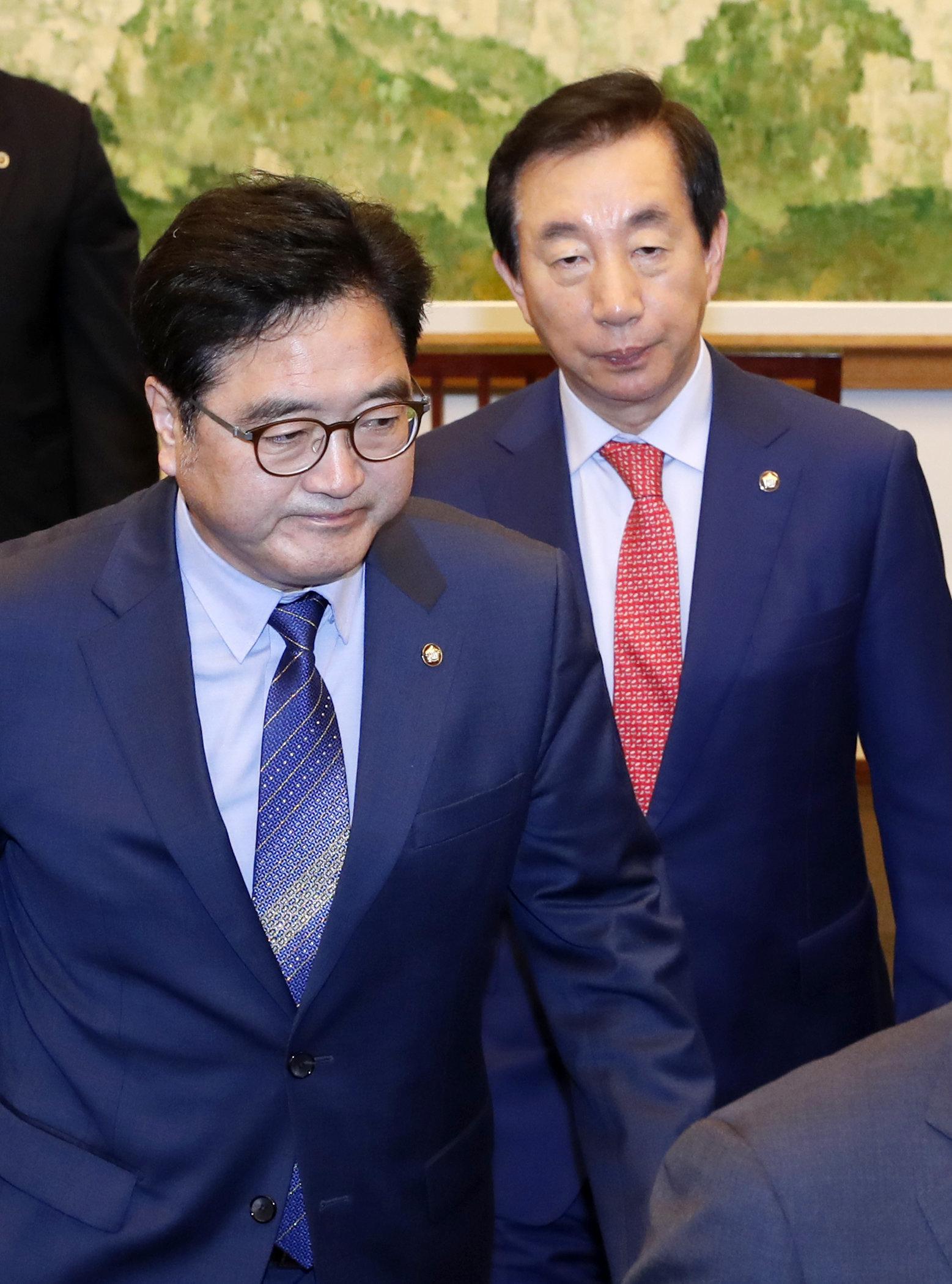 민주당은 야3당의 '드루킹 특검' 요구가 '대선불복'이라고