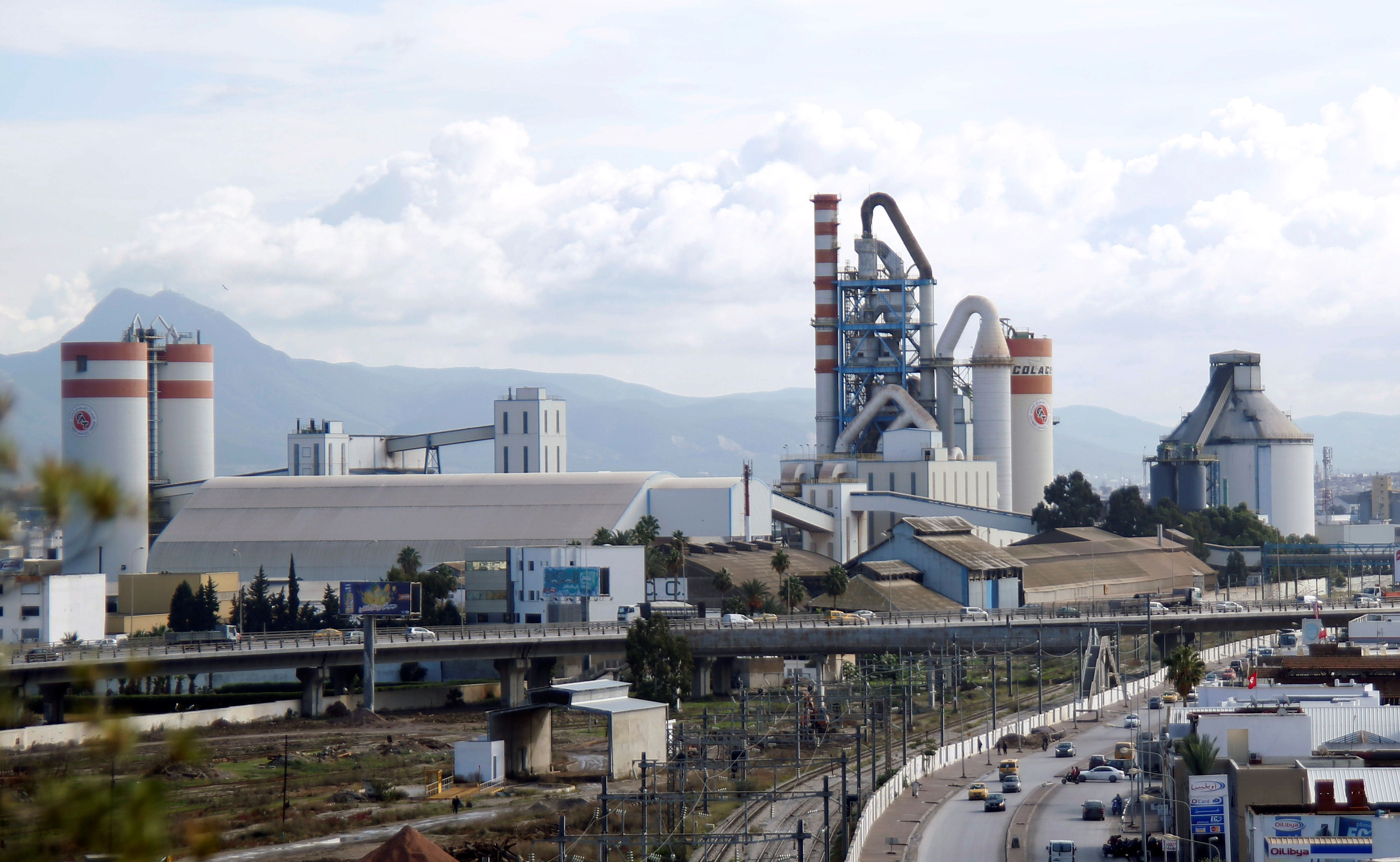 La Tunisie séduit de plus en plus les investisseurs européens selon ce reportage de France