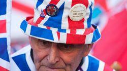 Royaler Fan: Dieser 82-Jährige schläft tagelang vor dem Krankenhaus