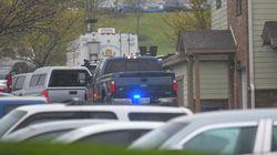 Στα χέρια των αρχών ο γυμνός ένοπλος που σκότωσε τέσσερις ανθρώπους σε εστιατόριο στο