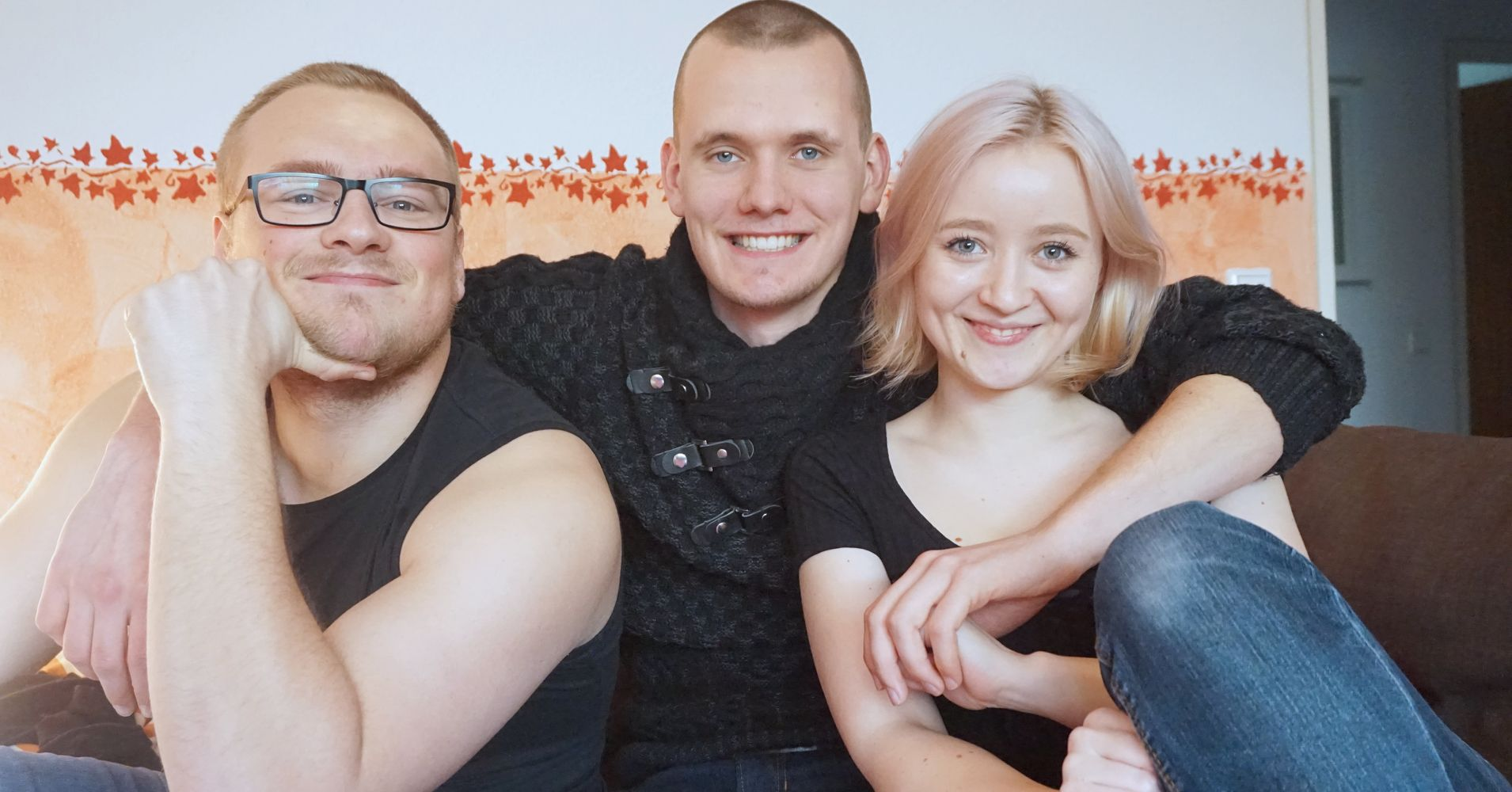 Polyamorous relationship dating site