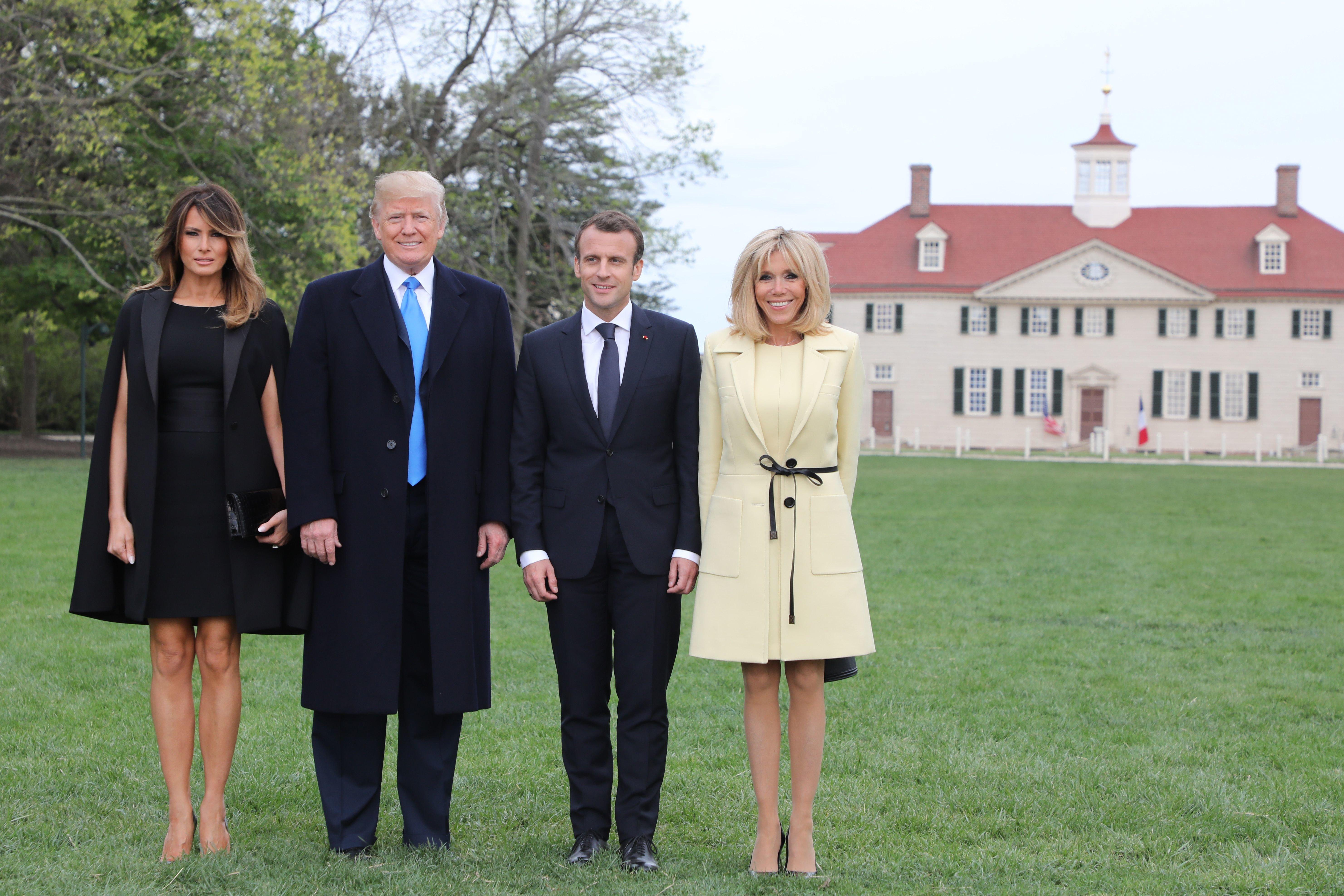 Οι διπλωματικές (;) ενδυματολογικές επιλογές της Melania Trump κατά την επίσκεψη