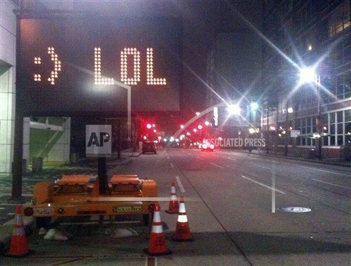 A prankster got hold of the programming system in the Texas Department of Transportation and wrote some wit onto this sign in
