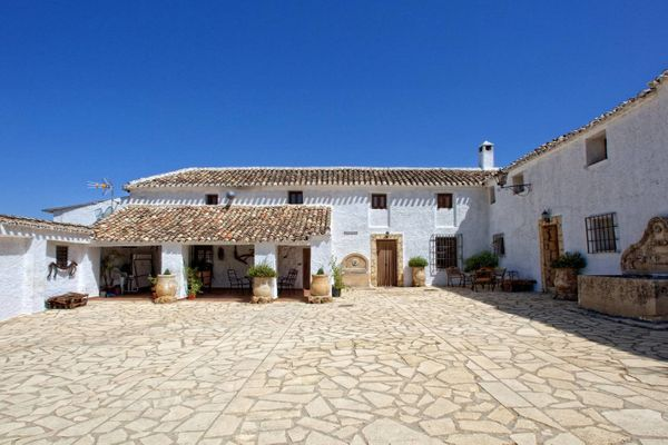 "This <a href=""https://www.airbnb.com/rooms/7185076"" target=""_blank"">rustic Spanish farmhouse</a> has restored architectural e"