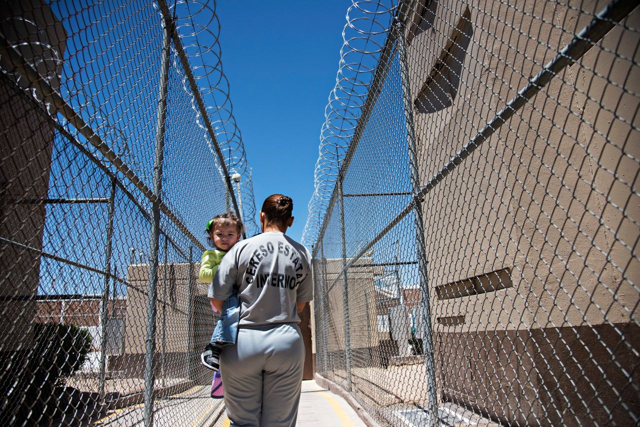 In most parts of Mexico, mothers behind bars can keep their children who are aged 3 or 4.