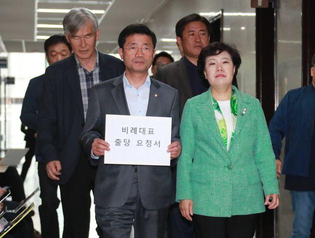 민주평화당, 바른미래당과 '추격전'을 벌인