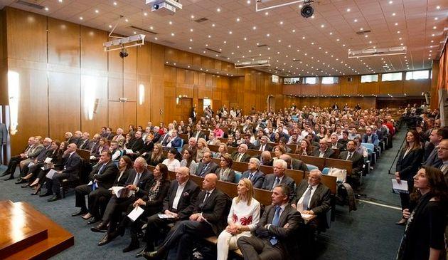 Η Ελληνική Πρωτοβουλία και τα Ιδρύματα Λεβέντη και Λάτση υποστηρίζουν τους Έλληνες αθλητές στους αγώνες...