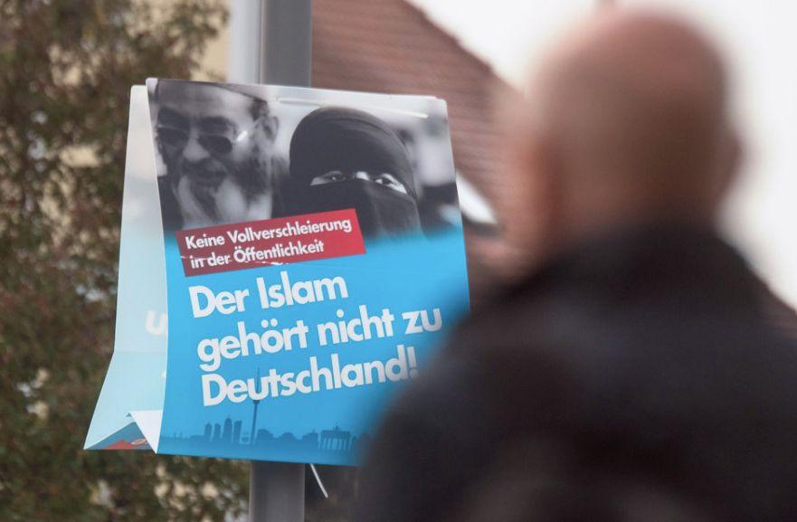 Busfahrer aus Deggendorf weigert sich, vollverschleierte Frau zu