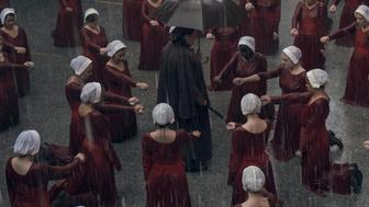 "THE HANDMAID'S TALE -- ""June"" - Episode 201 -- Offred reckons with the consequences of a dangerous decision while haunted by memories from her past and the violent beginnings of Gilead. (Photo by:George Kraychyk/Hulu)"