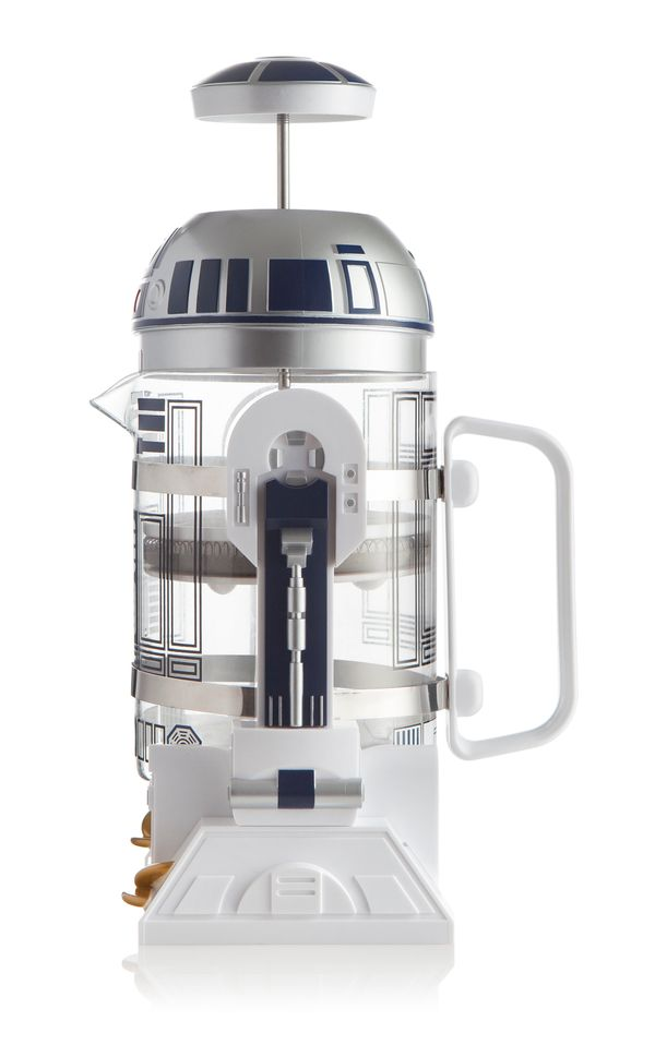 "If your mom likes French press coffee, this <a href=""https://www.thinkgeek.com/product/itns/"" target=""_blank"">may be the droi"