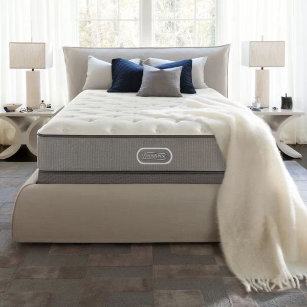 "Was: $639.99<br><strong>Today only: $427.99</strong><br><br>Get it <a href=""https://www.wayfair.com/mattresses/pdp/simmo"