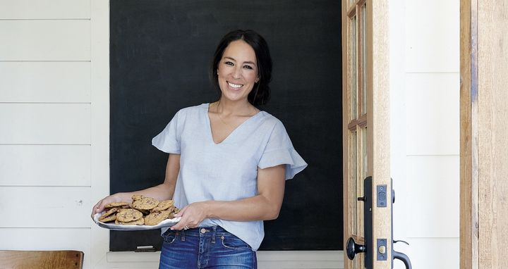 joanna gaines 39 chocolate chip cookie recipe halves the butter not the flavor huffpost. Black Bedroom Furniture Sets. Home Design Ideas
