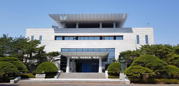 문재인 대통령과 김정은 위원장이 처음 만나는 시각은 오전 9시