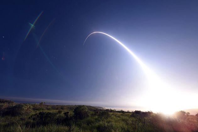 Επιτυχής δοκιμή διηπειρωτικού βαλλιστικού πυραύλου Minuteman III από την Καλιφόρνια των ΗΠΑ