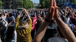 Βαθαίνει η πολιτική κρίση στην Αρμενία, ενώ συνεχίζονται και οι