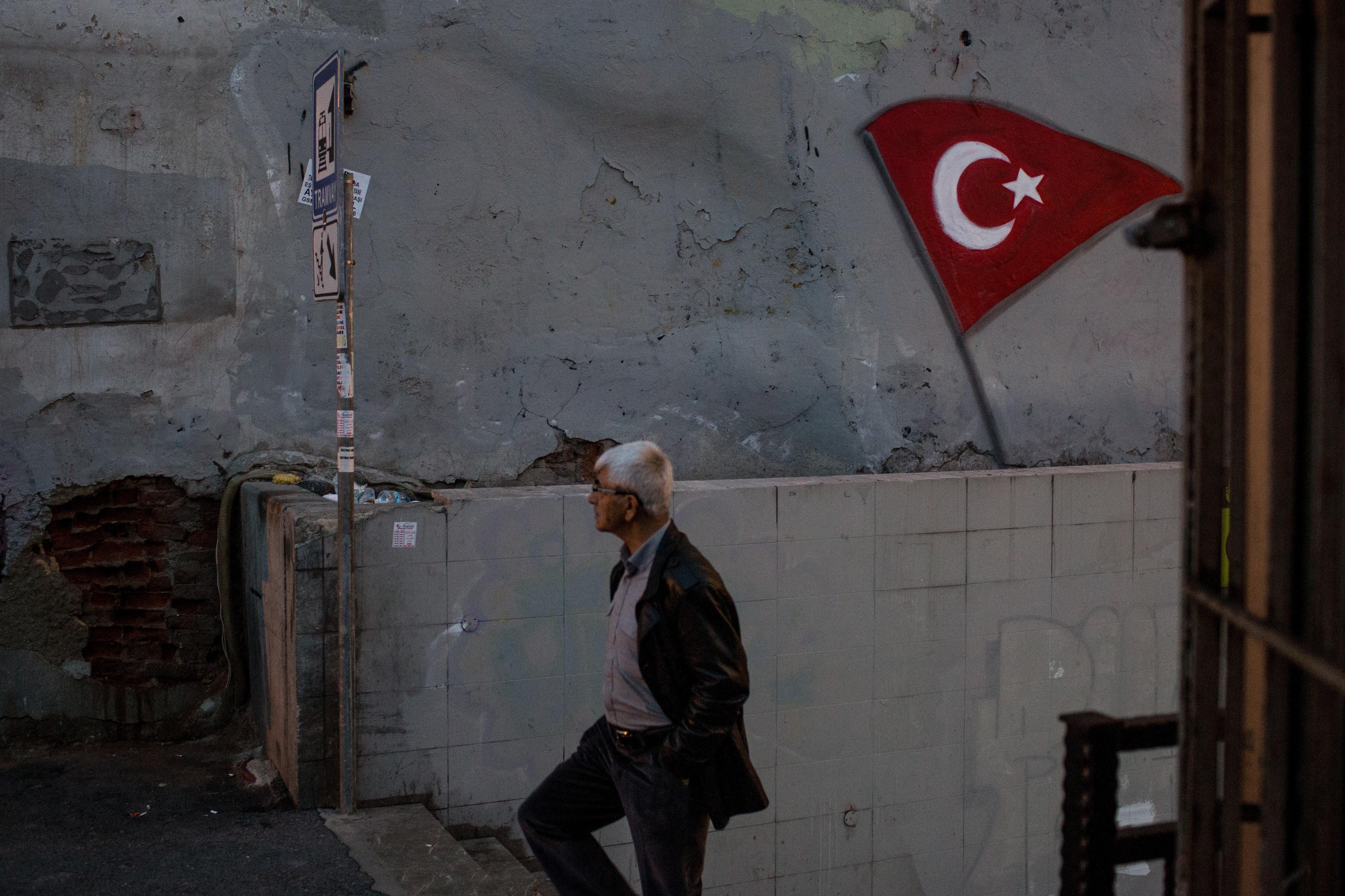 «Ένα παγερό κλίμα φόβου εξαπλώνεται στην τουρκική κοινωνία». Η έκθεση της Διεθνούς Αμνηστίας για την Τουρκία του