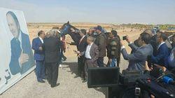 Un cheval offert au portrait de Bouteflika: naissance d'un culte rituel