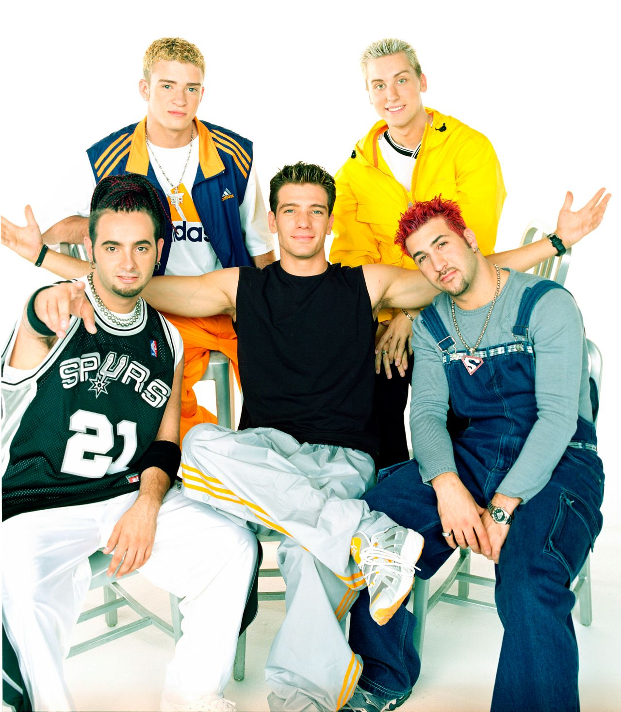 JC Chasez, Chris Kirkpatrick,Lance Bass, JustinTimberlake, and Joey Fatone pose for an August 1999 portrait in Los Angeles, California.