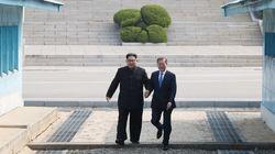 문재인 대통령과 김정은은 첫 만남에서 무슨 대화를