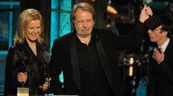 35 ans après, les membres d'ABBA réunis pour deux nouveaux
