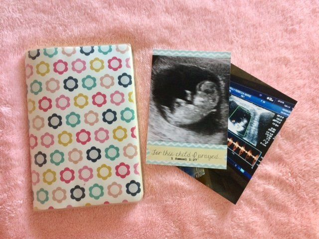 Becky Connolly just chose a regular notepad to document her thoughts and feelings during pregnancy.