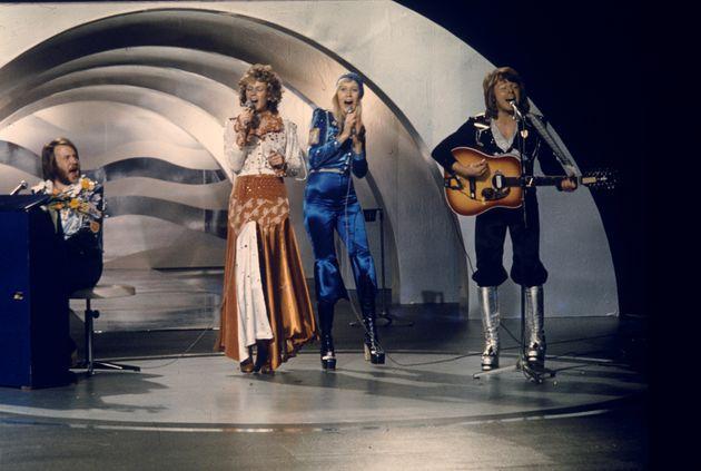 아바(ABBA)가 35년 만에 신곡을