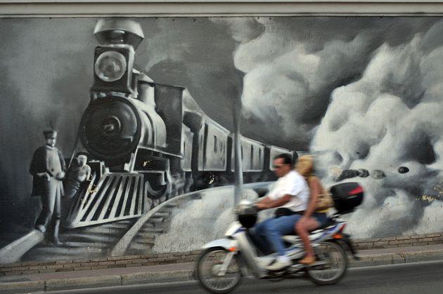 Η Ελλάδα θα βρεθεί σύντομα μπροστά σε οδυνηρό