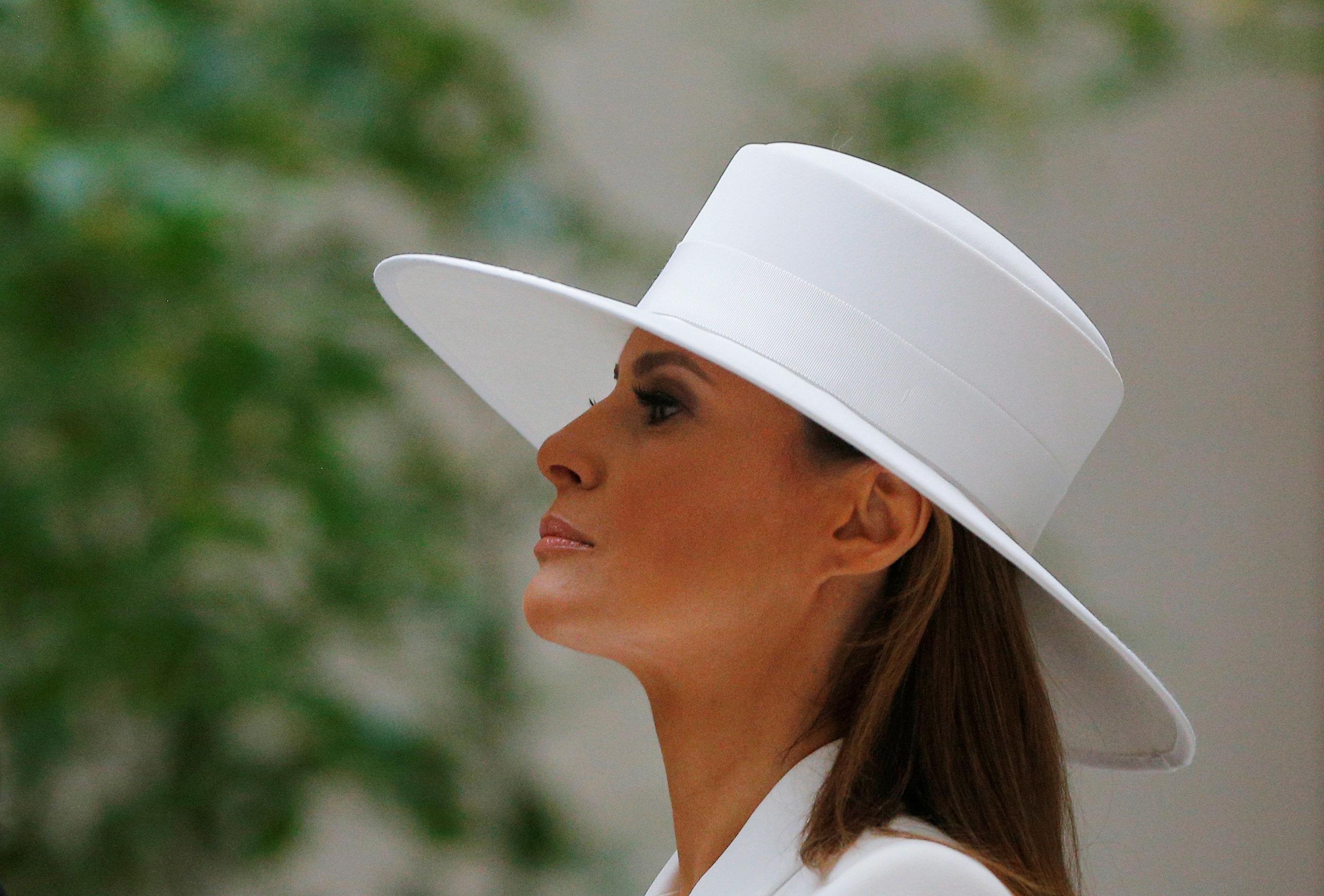 «H Melania είναι παγιδευμένη στον Λευκό Οίκο», δηλώνει η Brigitte