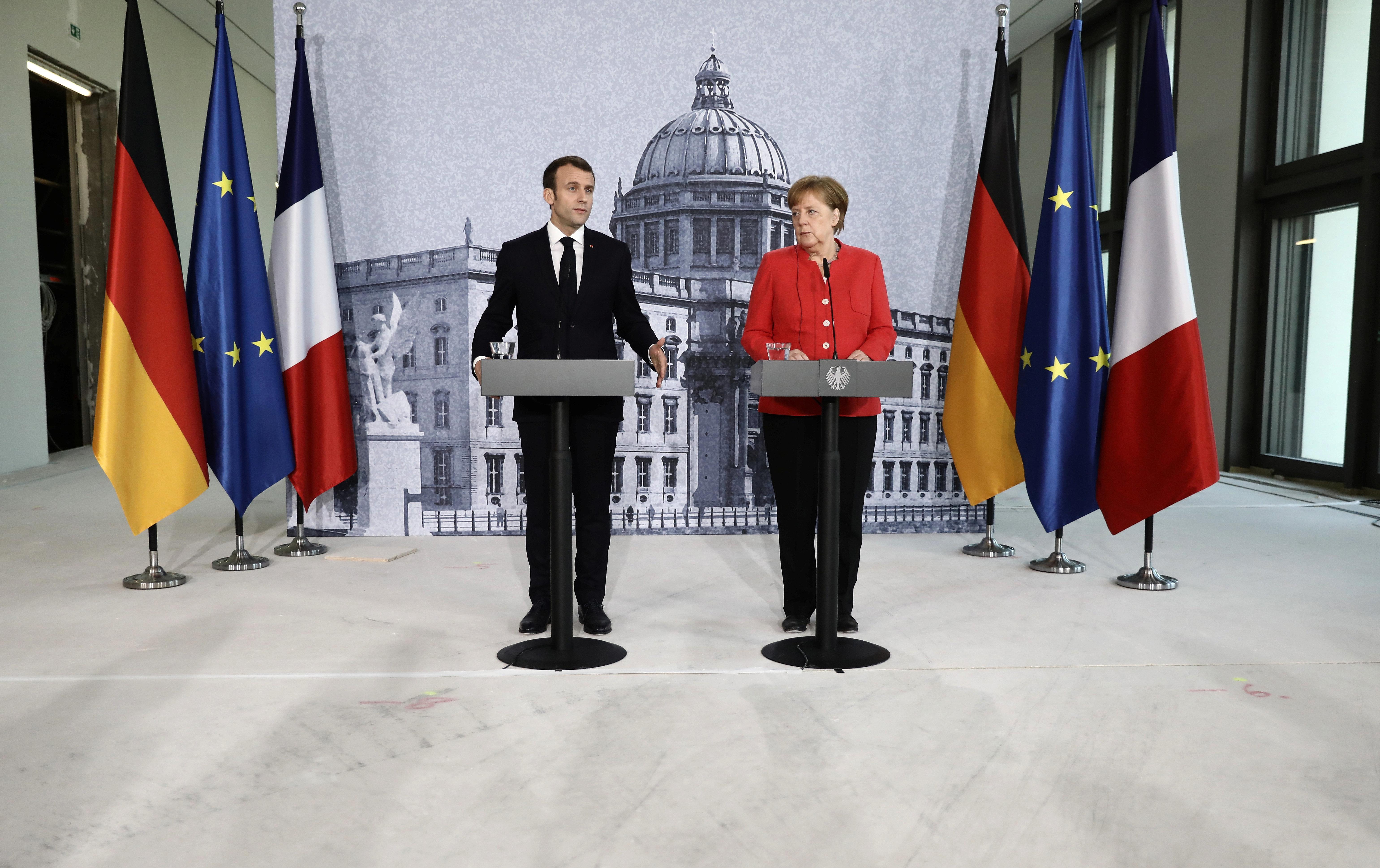 Παρίσι και Βερολίνο υπόσχονται να καταθέσουν τον Ιούνιο κοινές προτάσεις για τη μεταρρύθμιση της