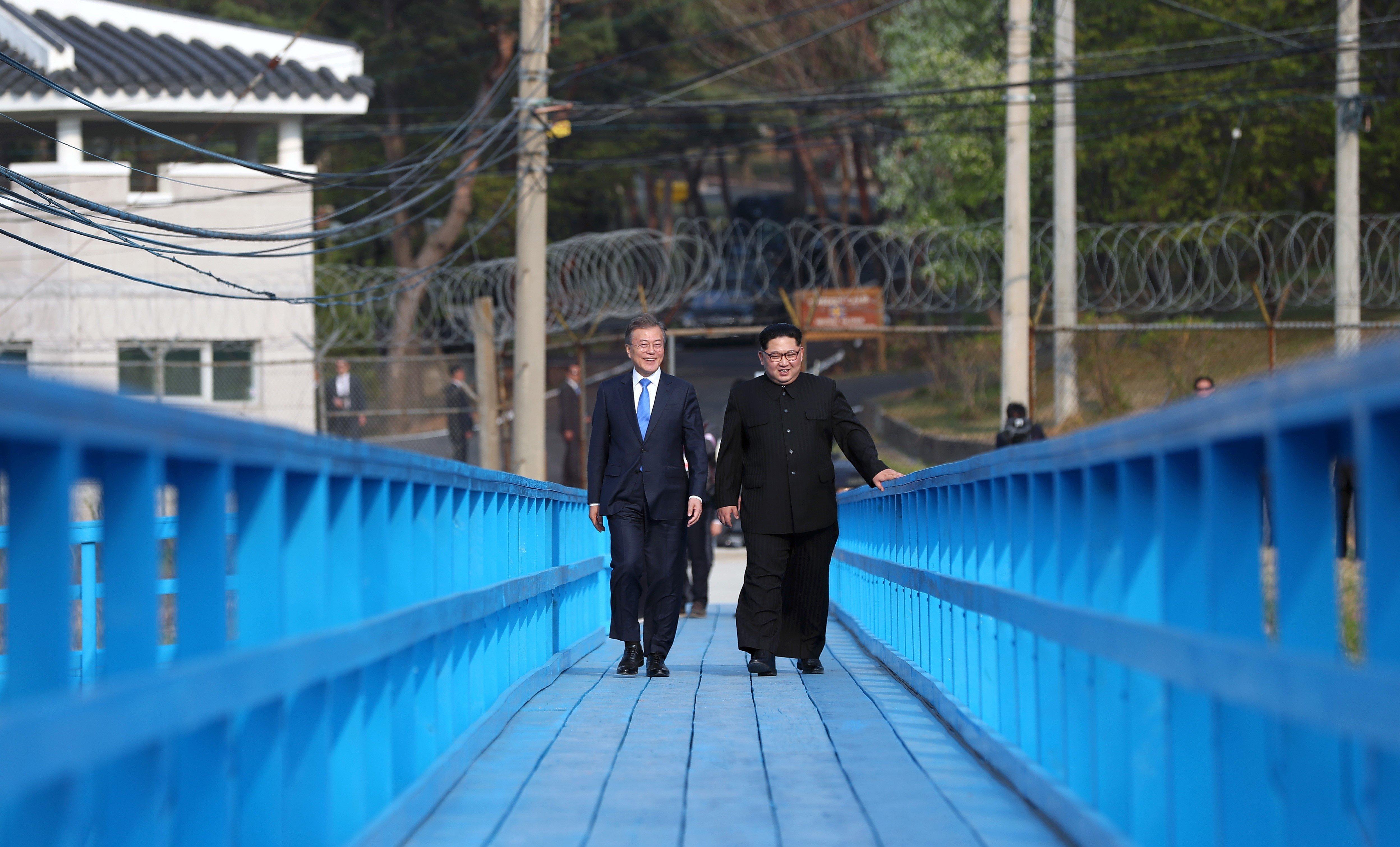 북한이 핵실험장 폐쇄 장면을 외부에 공개한다