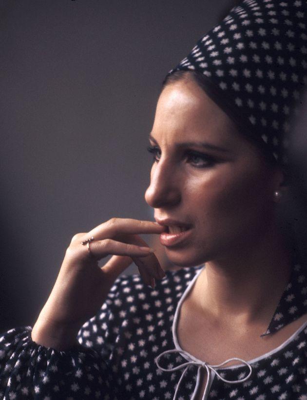 Η εφηβική επανάσταση της Barbara Streisand και τι απαντά στην ερώτηση που της κάνουν εδώ και